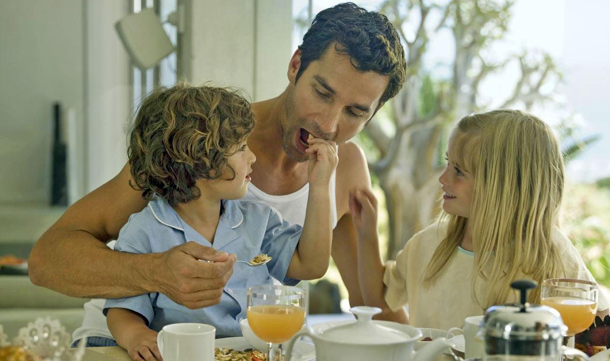 Astuces pour faire aimer le petit-déj aux enfants